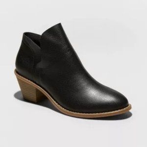 Universal Thread Indie Faux Leather Heeled Bootie